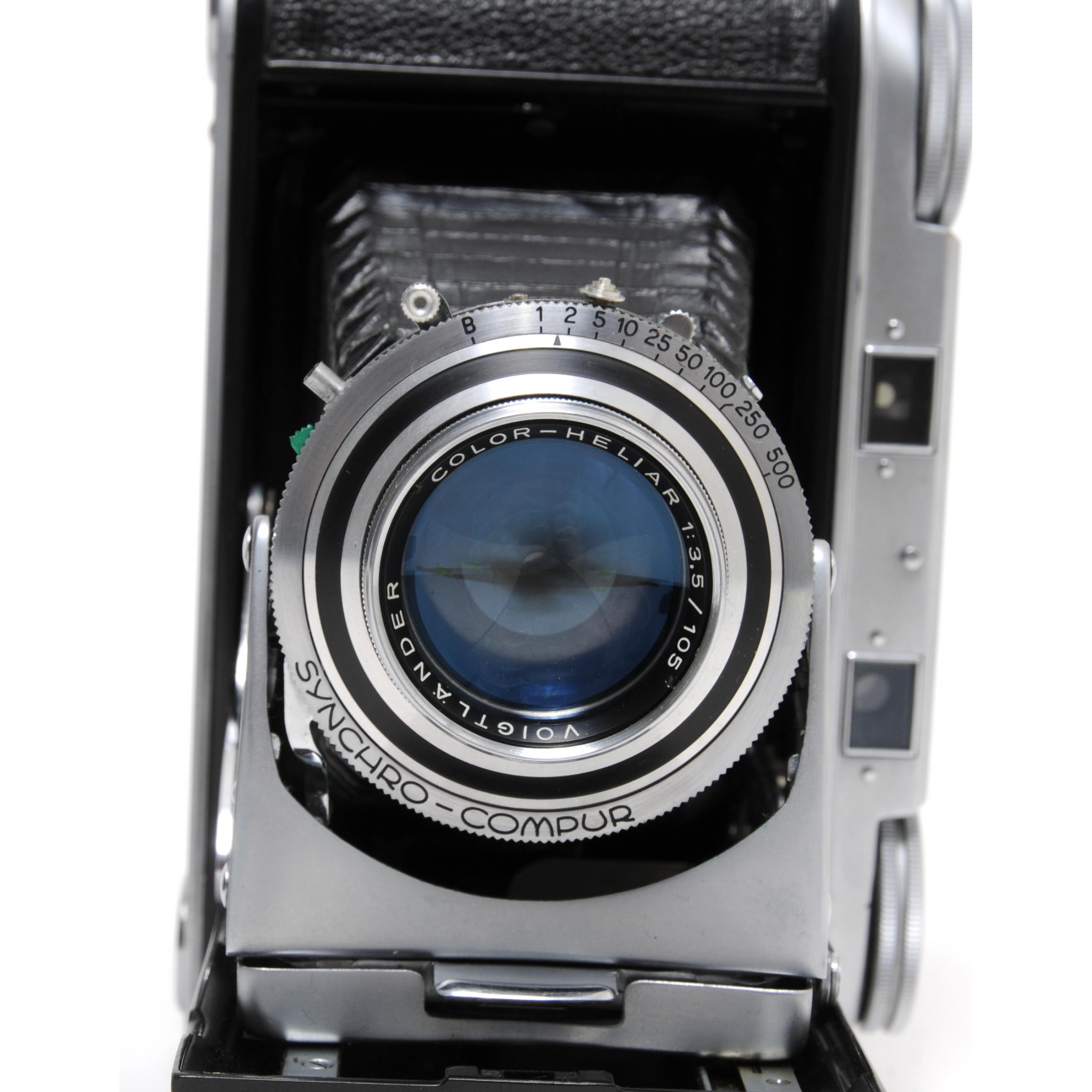 Vintage Voigtlander Bessa II camera w. Color-Heliar 105mm for 120 Film